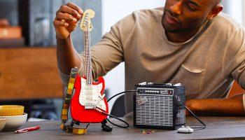 LEGO, Fender